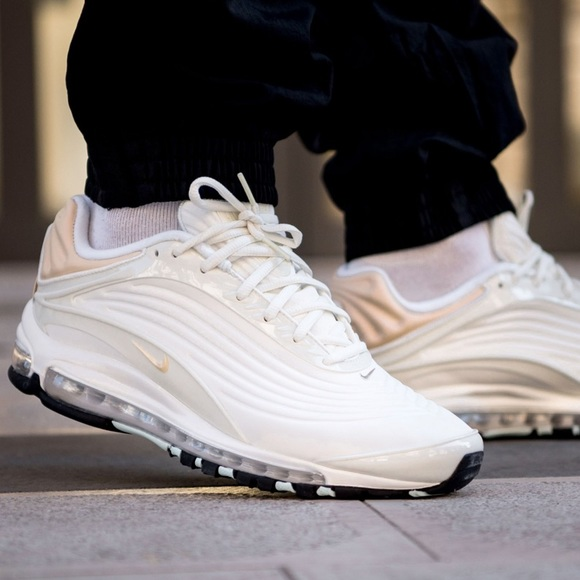 ✔️ New✔️ NIKE unisex Air Max Deluxe SE